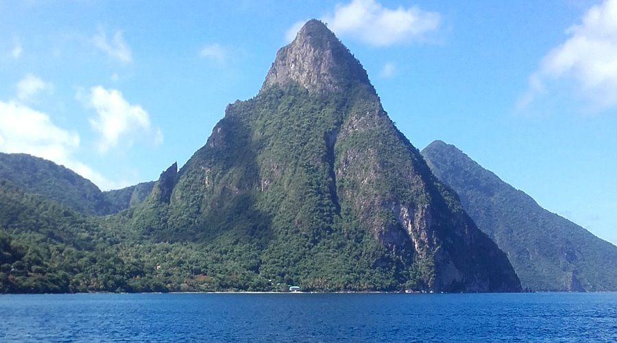 4 days catamaran cruise to st lucia