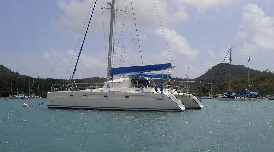 Catamaran cruises to the Caribbean with full board