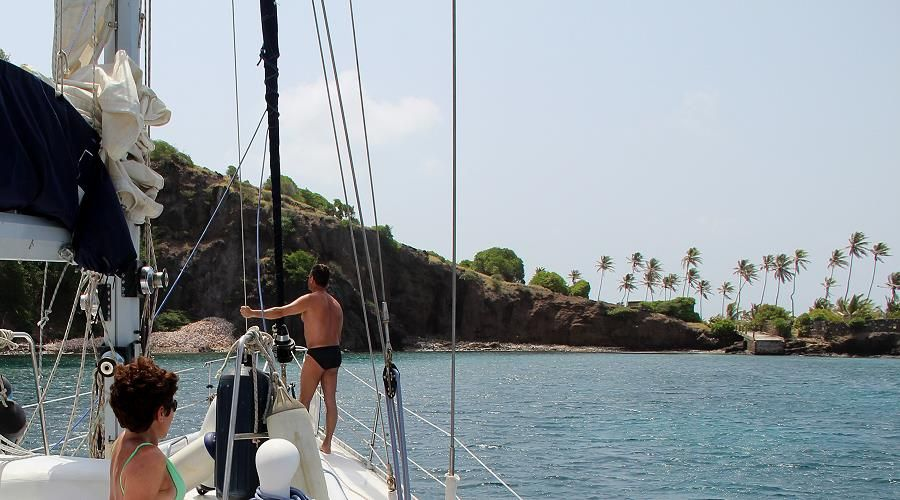 Sailing cruise the grenadines and other cruise itineraries in the Caribbean